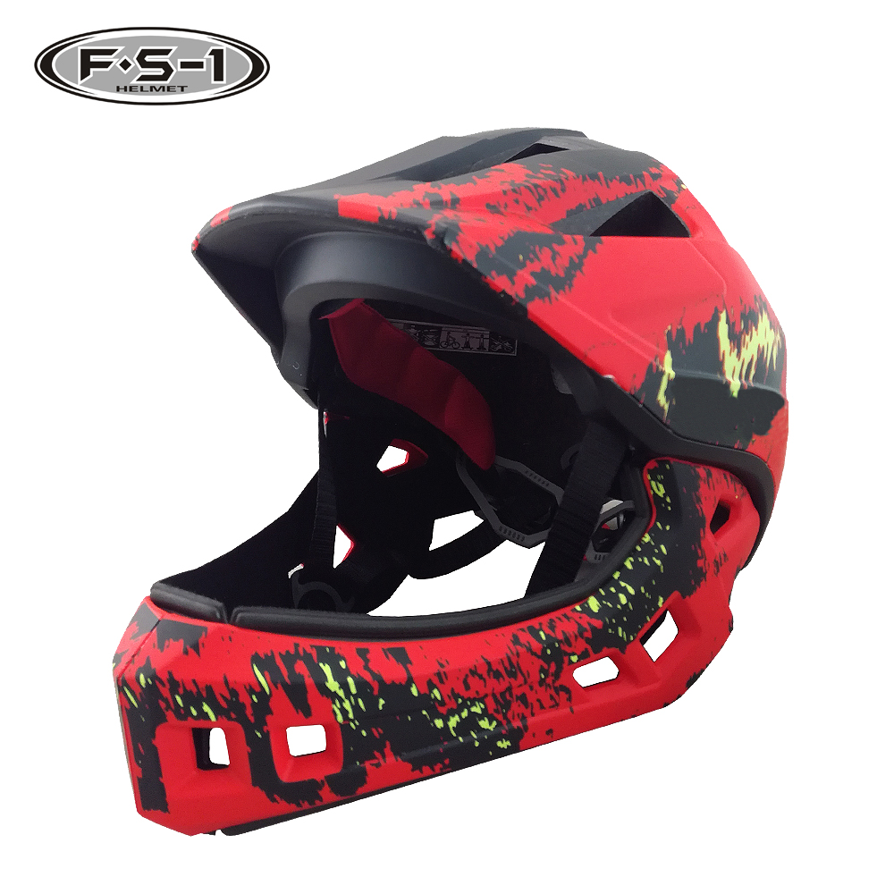 A033-Children's full face helmet.jpg